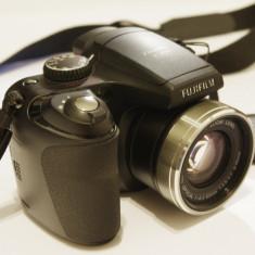 Fujifilm finepix s5800 - Aparat Foto Mirrorless Fujifilm, 8 Mpx