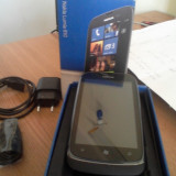 Vand Nokia Lumia 610. cu accesorii, cu factura. IN STARE IMPECABILA - Telefon mobil Nokia Lumia 610, Negru, Neblocat