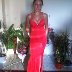 Rochie de seara Bianca Dragusanu Stare impecabila, Marime: 36, Culoare: Corai, Maxi, Cu bretele