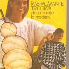 (C4133) IMBRACAMINTE TRICOTATA DE LA TRADITIE LA MODERN DE ELENA PANAIT-LECCA, EDITURA TEHNICA, 1991 - Carte design vestimentar