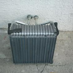 Calorifer clima Ford Escort. Trimit produsul prin servici de curierat oriunde in tara - Radiator aer conditionat