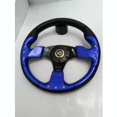 volan sport de culoare albastra cu claxon pe mijloc