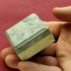Cutie veche din plastic de calitate - perioada comunista !!! - Cutie Reclama