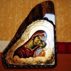 Icoana Deosebita Pictata cu foita de aur pe Lemn de Nuc - Maica cu Pruncul - Unicat - Artizanat - Icoana pe lemn