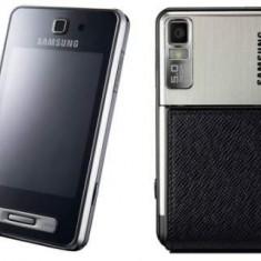 Vand Samsung SGH-F480i - Telefon Samsung, 2GB, Neblocat, Smartphone, Touchscreen