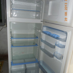 Combina frigorifica INDESIT TA 5, Automat, A, Alb, Peste 300 l