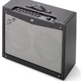 Amplificator chitara electrica Fender Mustang IV cu footswitch inclus