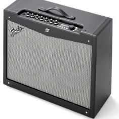 Amplificator chitara electrica Fender Mustang IV cu footswitch inclus