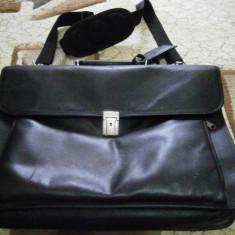 Geanta laptop 17 inch, piele - 79 lei, Negru