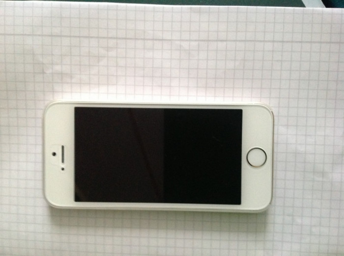 Apple iPhone 5S, 32GB, Gold (Auriu) foto mare