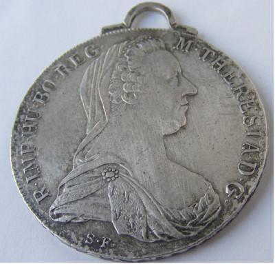 Medalion pandantiv vechi din argint Maria Tereza - de colectie foto