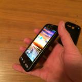 HTC Desire (fara defect)+ Husa Silicon 380 RON(negociabil) - Telefon mobil HTC Desire, Negru, Neblocat, AMOLED