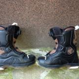 Vand boots snowboard Atomic nr.42, 43, Barbati