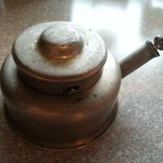 Spirtiera veche de colectie. - Metal/Fonta
