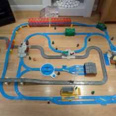 TOMY TRACKMASTER ULTIMATE SET THOMAS THE TANK ENGINE - ( transport gratuit la plata in avans ) - Trenulet, Plastic, Unisex