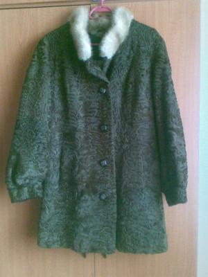 Palton astrahan din blana naturala nemtesc marimea 54,este nou! foto