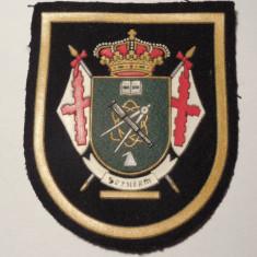 ÎNSEMN REGALIST SPANIOL, VECHI, ECUSON MILITAR SAU MASONIC, PÂSLĂ ȘI CAUCIUC! - Ordin/ Decoratie, Europa