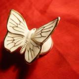 Bibelou mic -Fluture -marca Royal Dux -Portelan - Bibelou vechi