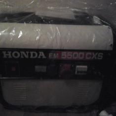 Producator: Honda Model: EM 5500 CXS Descriere Generatorul de putere Honda EM5500 CXS reprezinta alegerea profesionistilor. - Generator curent Honda, Generatoare uz general