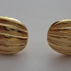 Cercei surub/piulita/fluture metal placat cu aur, forma samanta - Cercei placati cu aur