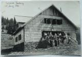 Cabana Parang , 15 august 1916 , Dimensiuni : 15,2 x 10,5 cm .