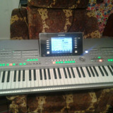 Orga Yamaha Tyros 2,stare foarte buna cu tot cu program