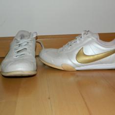 Adidasi dama Nike, Culoare: Bej, Marime: 38, Bej