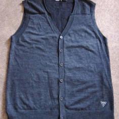 Vesta barbati GUESS, made in U.S.A, marime XL, tricot, gri inchis, stare impecabila - MODEL CASUAL!!!!