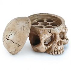 Suport de capacele in forma de schelet pentru tatuat