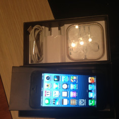 Vand iPhone 5 Apple Black 16gb Neverlocked, Negru, Neblocat