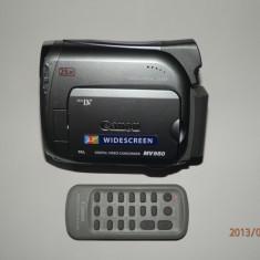 Camera video Canon MV950 cu telecomanda pachet complect, 2-3 inch, Mini DV, CCD, 20-30x