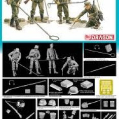 + Macheta 1/35 Dragon 6280 - German Mine Detectors + - Macheta auto