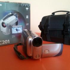 Camera video CANON DC 201, Intre 2 si 3 inch, DVD, CCD, 30-40x