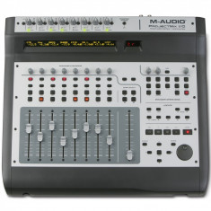 M-Audio ProjectMix I/O - Control surface with motorized faders (8x2 layers), 8 Octane preamp, 18x14 audio interfac - Mixer audio Altele