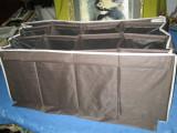 Geanta mare compartimentata, material sintetic tare probabil velur, avand 16 compartimente