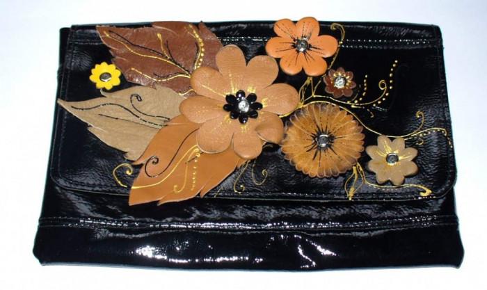 "Geanta piele neagra handmade ""Flori de toamna"" foto mare"