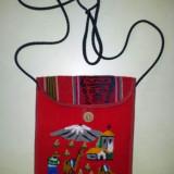 Traista handmade rosie din Peru, din material, dimensiuni 18x16 cm - Gentuta Copii