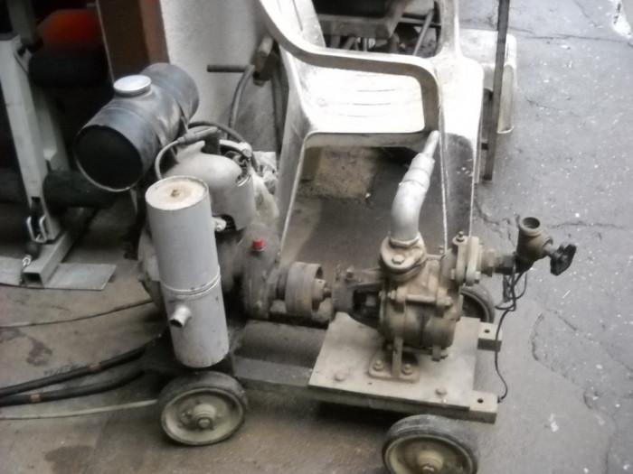 motopompa pe benzina foto mare