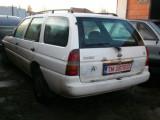 Dezmembrez Ford Escort Ghia combi an 98 motor 1,8 turbo disel