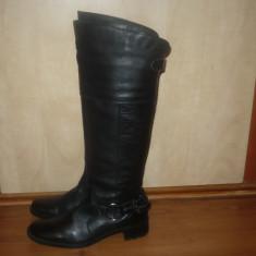 Cizme negre din piele naturala, lungi, talpa joasa, model deosebit, Made in INDIA, NOI, masura 38 - Cizma dama, Culoare: Negru, Negru