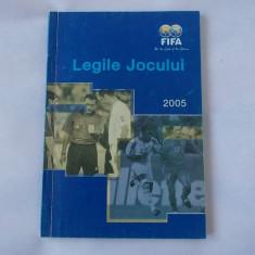 LEGILE JOCULUI 2005, FIFA, CARTE PENTRU SCOALA DE ARBITRAJ FOTBAL !