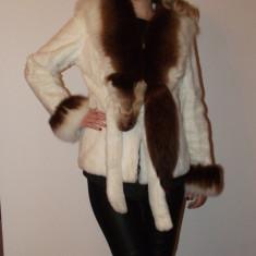 Haina de blana naturala vulpe si iepure Donna M, Marime: 38, Culoare: Alb