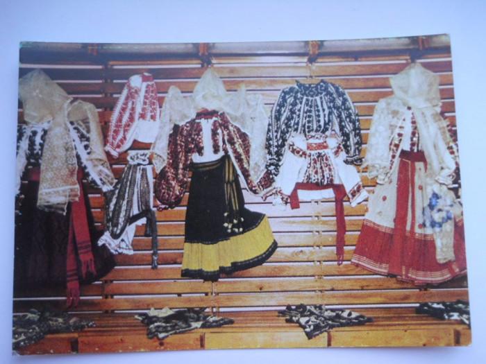 HOPCT 2015 Romania-Costum popular femeiesc PrahovA