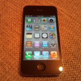 Vand iPhone 4 Apple negru de 32 gb codat p orange arata impecabil