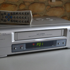 Videorecorder PHILIPS VR 530 cu telecomanda
