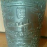 Cupa din zinc gravata manual