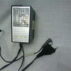 Blitz FIL 11 M, alimentare 220 v sau baterii ( + husa, carte tehnica si alimentator cu baterii ) - Blitz slave Alta