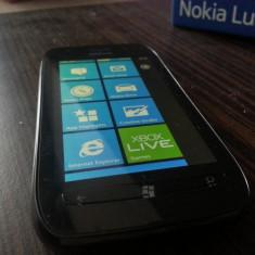 Nokia Lumia 710 - Telefon mobil Nokia Lumia 710, Negru, Neblocat