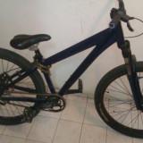 Bicicleta Dirt Jump UMF Hardy 4 - Mountain Bike