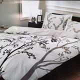 Lenjerii de pat de lux, confectionate din bumbac 100%